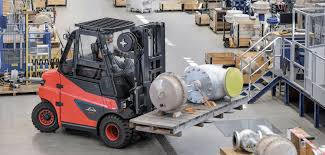 Linde's Largest Lift-trucks Now Available With Lithium-ion Batteries ... Biggest Truck Top 5 Worlds Big Bigger Biggest Heavy Duty Dump Massive Dump Trucks Used In The Tar Sands The Are Daytona Meet 2018 At Intertional Speedway Worlds Largest Catsup Bottle Convoy Big Idaho Potato Dump Living Life Glorious Colour Komatsu Intros 980e4 Its Largest Haul Truck Yet Wikipedia Renault Trucks Cporate Press Releases Worlds Ups Rerves 125 Tesla Semitrucks Public Preorder Warner Truck Centers North Americas Freightliner Dealer Ming Engineers World Supply Sand For Beach Rourishment
