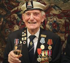 Most Decorated Soldier Uk by Over 40 Ww2 Veterans Awarded The Legion D U0027honneur By The French
