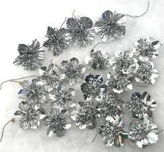 Image Is Loading 21 Christmas Tree Ornaments Decorations Silver Foil Flower
