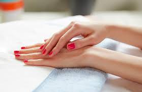 Bed Of Nails Nail Bar by What Is A Manicure A Guide To Cost Tips And Types
