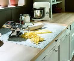 plaque granit cuisine plan de travail pour cuisine matériaux cuisine maison créative