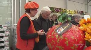Puyallup Glass Pumpkin Patch by King5 Com The Most Precious Pumpkins Of Them All