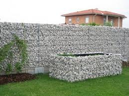 mur de separation exterieur 95 idées pour la clôture de jardin palissade mur et brise