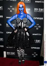 Heidi Klum Halloween 2011 by Halloween 2014 16 Classic Celebrity Costumes To Inspire You