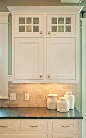 White Cabinets Dark Countertop Backsplash by Best 25 Backsplash For White Cabinets Ideas On Pinterest
