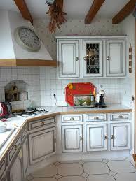 repeindre sa cuisine rustique relooker sa cuisine rustique fashion designs