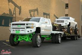 RELATED The Towering Texas Truck Tandem Only In The Lone Star ...