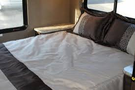 Class C Motorhome With Bunk Beds by 2018 Thor Four Winds 30d Class C Motorhome Ford Gas V10 Twin Bunks