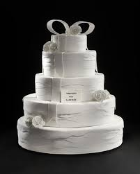 Vera Wang and Ladurée Teamed Up to Create the Perfect Wedding Cake