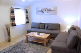 ausstattung wohnzimmer webseite ferienwohnung armbruster
