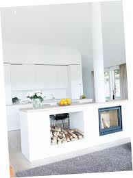 tv dans cuisine cheminée intégrée dans cuisine recherche cheminée