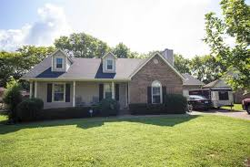 2118 winthorne ln murfreesboro tn 37129 mls 1857439 estately