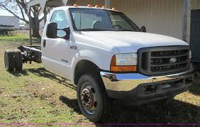2001 Ford F450 XL Super Duty Truck Cab And Chassis   Item C5...