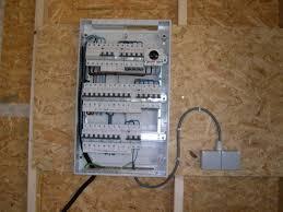 electricité suivez la construction d une maison passive