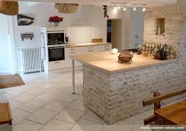 cuisine bois massif contemporaine cuisine moderne en bois massif cuisine en bois massif arles with
