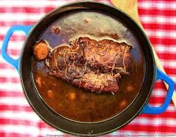comment cuisiner une cuisse de sanglier rôti de sanglier fondant mijoté en cocotte marinade aux épices