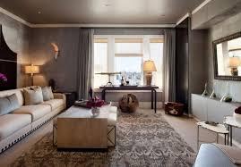 modernes wohnzimmer graue wandpaneele taupe creme moderner