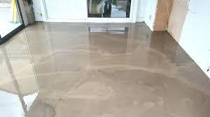 béton ciré sol cuisine beton cire sur carrelage peinture carrelage sol effet beton cire