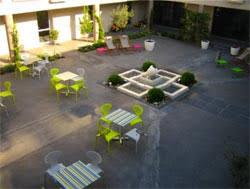 le patio de violette uzes 28 images h 244 tel le patio de