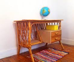 bureau enfant vintage mobilier enfant vintage bureau lit ou chaise