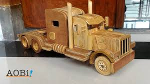 Wooden Toy Truck - Peterbilt - YouTube