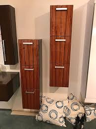 badezimmer wohnzimmer schrank seitenschränke mit auszug tür tineo echtholz lack