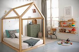 cabane dans la chambre un lit cabane pour la chambre des frenchy fancy