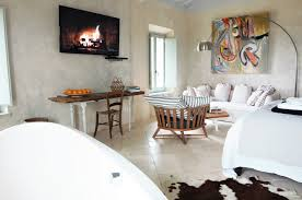 100 Modern Interiors Siena House Tuscany Interior Design Whites Light Space Art
