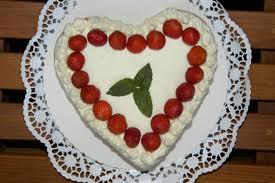 erdbeer herz torte