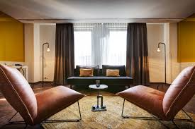 100 Nes Hotel Amsterdam Loveisspeed The V Plein Is Located In
