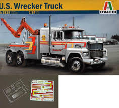 100 Buy A Tow Truck 2584 Italeri 3825 Ford Ltl 9000 Heavy Duty Us Wrecker