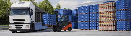 Toyota Trucks Keep The Beer Flowing At Hofbräu München Beer Truck Stock Photos Images Alamy Food Trucks Now Allowed In City Of Sumter Outside Community First Friday Trucks Craft Life Music And Artahoochee A 101 The Virginia Battle Competion Staunton Bay States New Sevenfifty Daily This Beer Truck Looks Like A Giant Case Ipswich Ale Brewery Okosh Whetstone Station Restaurant Brewery Chip Collide Creating Sad Soggy Traffic Jam Eater Locate Our Great North Aleworks Food Trucks Inbound Brewco