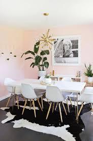 esszimmer pastell wandfarbe weiße möbel innendesign