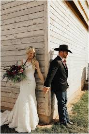 Best 25+ Farm Wedding Dresses Ideas On Pinterest | Barn Door ... Barn Wedding Drses Design Ideas Designers Outfits Collection Beautiful Rustic Reception Inside Groom And Bride In Mermaid Dress At Under Real Brides Libbys Chic Theweddingcatnet Shaunae Teske Photographymolly Matt Backyard A Snowy Jorgsen Farms Adorable Vintage Lace Pink Samantha Patri Arizona Photographermongini This Virginia Will Be The Most Magical Thing You See Bresmaid Guide Pro Tips Venuelust Gowns For A Country 1934 Best Weddings Images On Pinterest Wedding Venue White