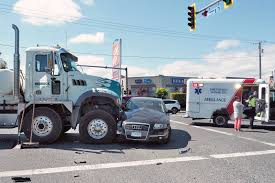 Cement Truck And Car Collide At North Nanaimo Intersection - Nanaimo ... Cement Trucks Inc Used Concrete Mixer For Sale 2018 Memtes Friction Powered Truck Toy With Lights And Amazoncom With Bruder Man Tgs Truck Online Toys Australia Worlds First Phev Debuts Image Peterbilt 5390dfjpg Matchbox Cars Wiki Scania Rseries Jadrem Kdw 150 Model Alloy Metal Eeering Leasing Rock Solid Savings Balboa Capital Storage Bin Baby Nimbus Red Clipart Png Clipartly Lego Ideas Lego