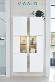 eleganter hängender hochschrank fürs badezimmer