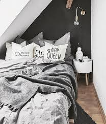 kleine schlafzimmer ausnutzen so schaffst du stauraum