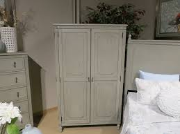 Homelegance Armoire Set Up 1977 7