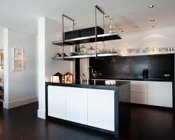 etagere suspendue cuisine