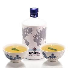 100 Nordes NORDS CHRISTMAS PUNCH