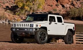 100 H3 Hummer Truck Spreads E85 V8 Across Lineup Keeps Prices Down MotorTrend