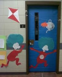 Dr Seuss Door Decorating Ideas by Dr Seuss Door We Used Onomatopoeia Words Modeled After Mr Brown