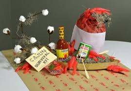 Crawfish Boil Decorating Ideas by Cajun Table Centerpiece With Cotton Bolls Cajun Theme Event