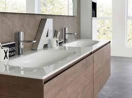 glaswaschtisch robustes designerstück badezimmer
