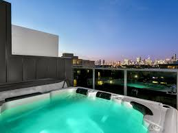100 Penthouses In Melbourne Port Stunner Epitomises Luxury Penthouse Living