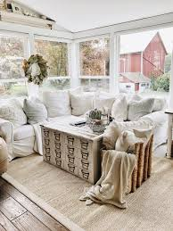4 Cozy Pillow Corner