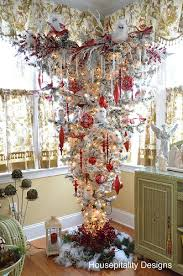 The Sunroom Upside Down Christmas Tree And Five Favorites Winner Of Better Late Thank Never Linky Party
