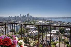 100 Seattle Penthouse S Ultimate 9W ByDesign