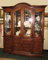 china cabinet 1970s broyhill lighted china cabinet hutch light