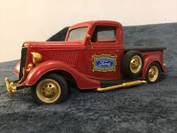 1:18 Scale Special Edition Diecast Model- Antique Ford Truck, Mainan ... 127 Ford F350 Superduty Diecast Pickup Truck Youtube 164 Ln Grain Red With Dump By Top Shelf Replicas Buy Now Rigo Kids Rideon Car Licensed Ranger Battery Aliexpresscom New 132 Toys Raptor F150 First Gear 1973 F100 Metal Gulf Oil Ebay 1940 Black 118 Scale Model By Motor Max 73170 World Tech Svt Rc Vehicle 124 Toy Super Duty Dually Biguntryfarmtoyscom Harga Kinsmart 2013 Supercrew 1 Custom 124th Scale Jada Diecast Ford Raptor Sheriff Wb Special Trucks Edition Blue 2017 Flatbed Big Country Farm Horse